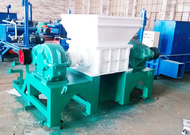Φ300 × 30 Pisau Ukuran Twin Shaft Shredder / Limbah Karet Shredder Mesin 11 Ton